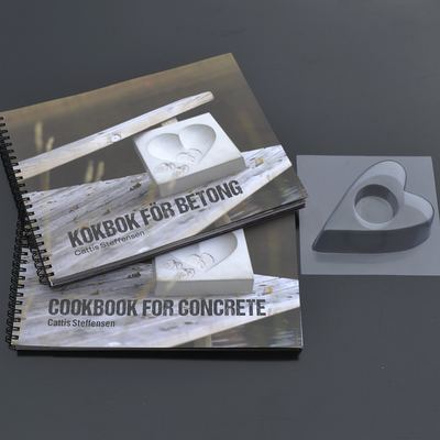 KIT – BOOK AND MOULD